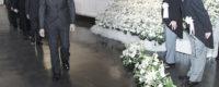 合同葬での喪主と葬儀委員長の立礼挨拶