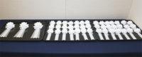 葬儀委員長や喪主をはじめとする社葬運営を担う係員に用意された喪章