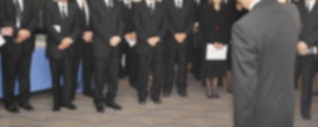 社葬やお別れの会に一般社員が参列する際の事前説明・打合せ