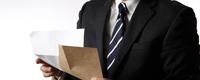 社葬の「社外通知」の出し方 訃報通知状の項目と通知リスト管理とは