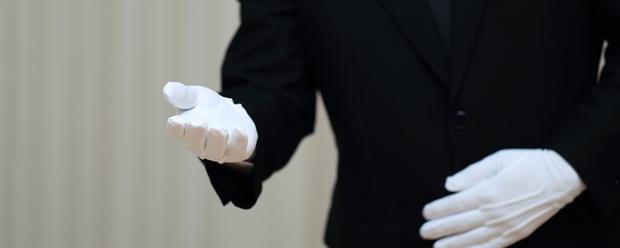 「お別れの言葉」奉読者の服装